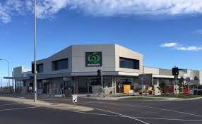 selandra rise shops vets cranbourne